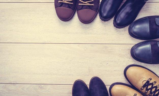 U čijim cipelama ja hodam kroz život? Čiji život živim?